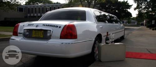 Lincoln Town Car Stretch Limousines 6 8 10 Passenger Stretch
