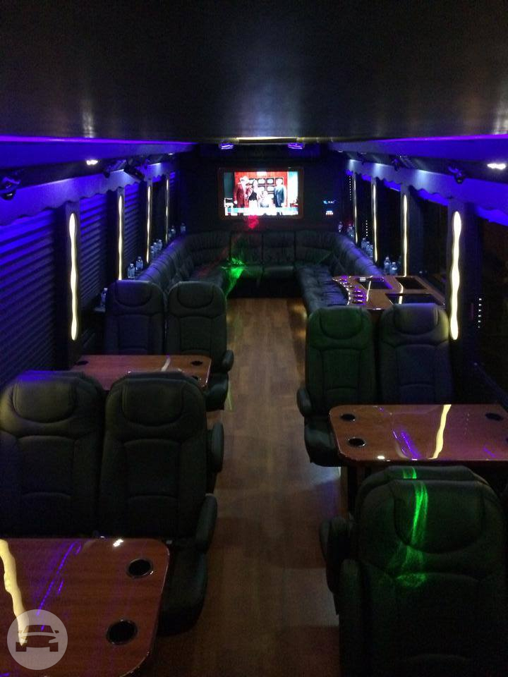 Party Bus Party Limo Bus / Chicago, IL   / Hourly $0.00