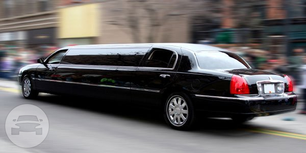 LINCOLN STRETCH LIMO Limo  / Lake Mary, FL   / Hourly $0.00