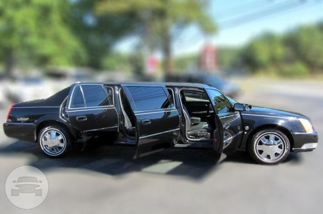 Cadillac DTS 6 Door 7 penger Limousine   M&V Limousine: online ...