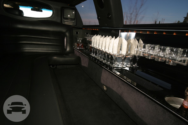 8 Passenger Super-Stretch Black Limo Limo / Paso Robles, CA 93446   / Hourly $0.00