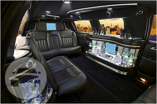 10 passenger Lincoln Towncar Limo / Vail, CO 81657   / Hourly $0.00