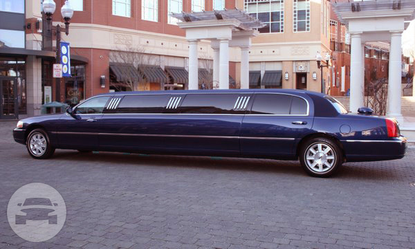 9 Passenger Lincoln Stretch Limousine Limo  / West Hartford, CT   / Hourly $0.00