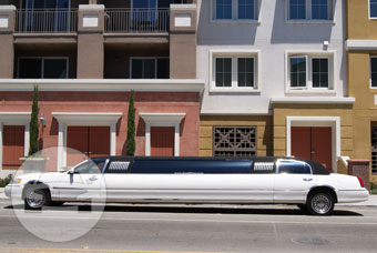 10-14 Passenger White Lincoln Limousine Limo / Monterey, CA   / Hourly $0.00