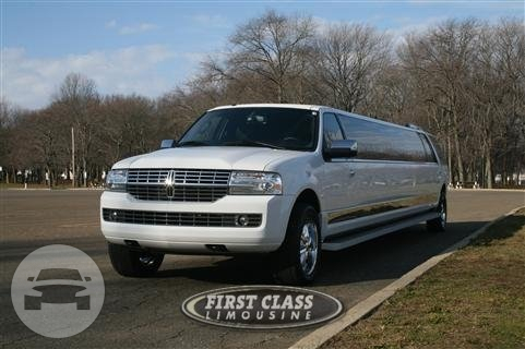 Lincoln Navigator Limo Limo  / Morristown, NJ   / Hourly $0.00