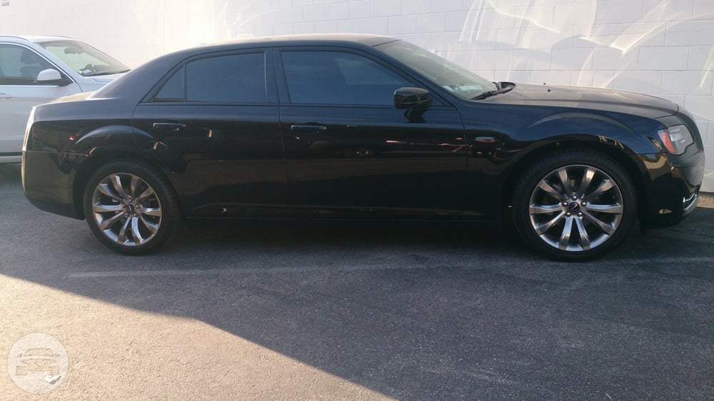 Chrysler 300 S Sedan  / Glendora, CA   / Hourly $0.00