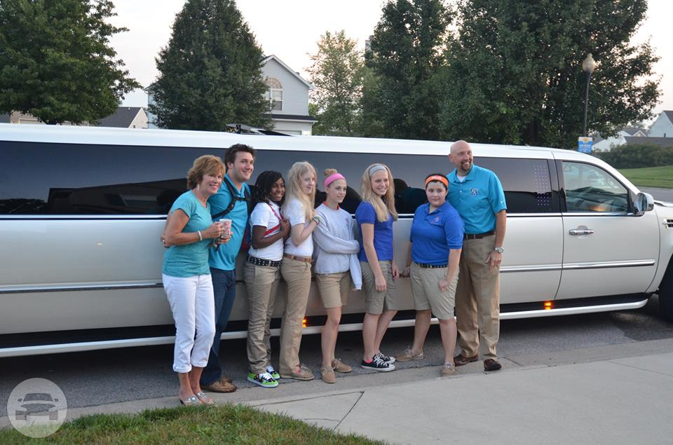 White Cadillac Escalade Super Stretch Limo Limo / Louisville, KY   / Hourly $0.00
