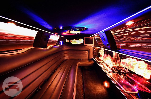 10 Passenger White Lincoln Stretch Limo  / Philadelphia, PA   / Hourly $0.00