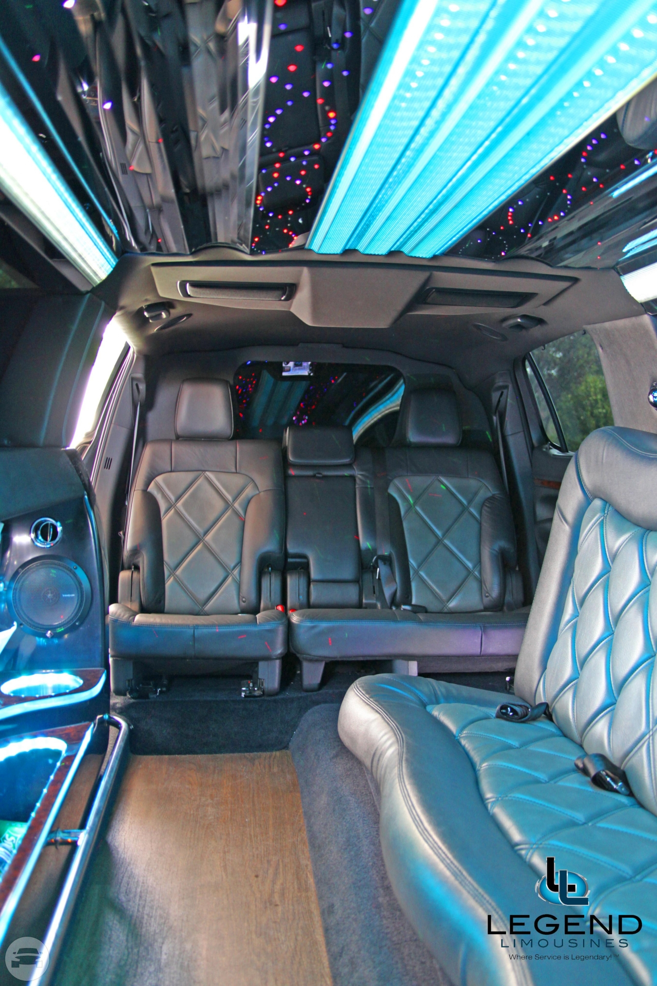 Black Lincoln MKT Stretch 8-10 Passenger Limousines Limo / New York, NY   / Hourly $0.00
