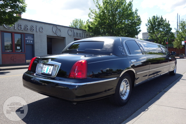 Lincoln Stretch Limousines (8 Passenger) Limo  / Portland, OR   / Hourly $0.00