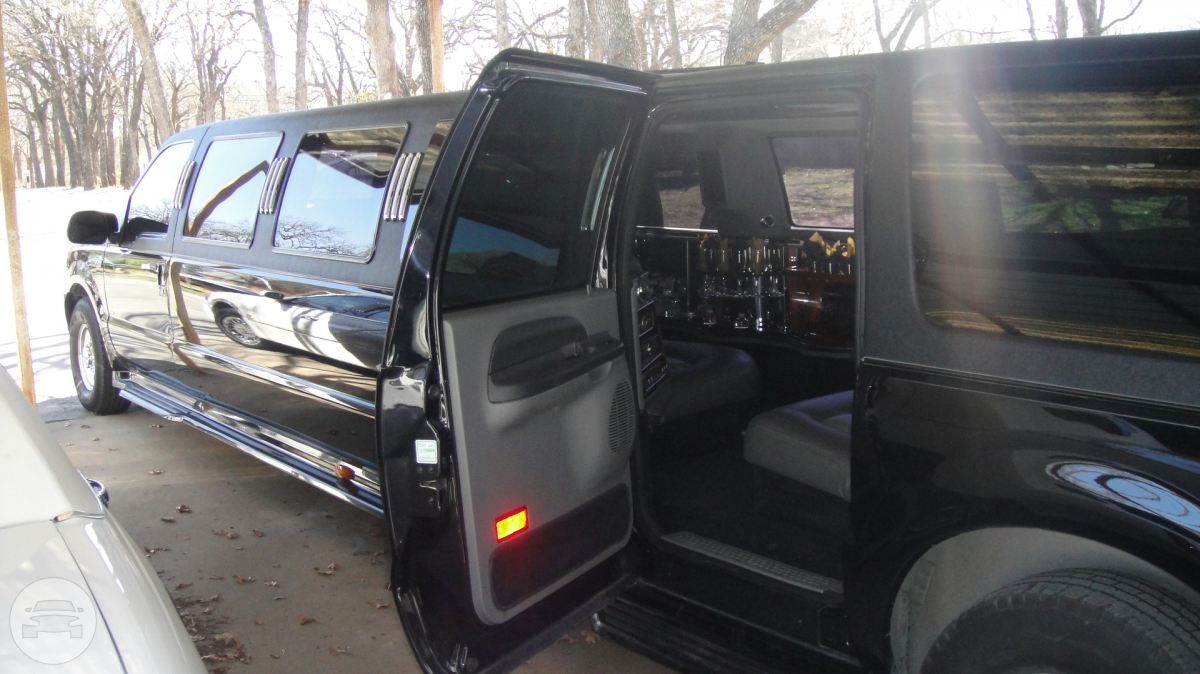Ford Excursion Stretch Limousine Limo  / Irving, TX   / Hourly $0.00