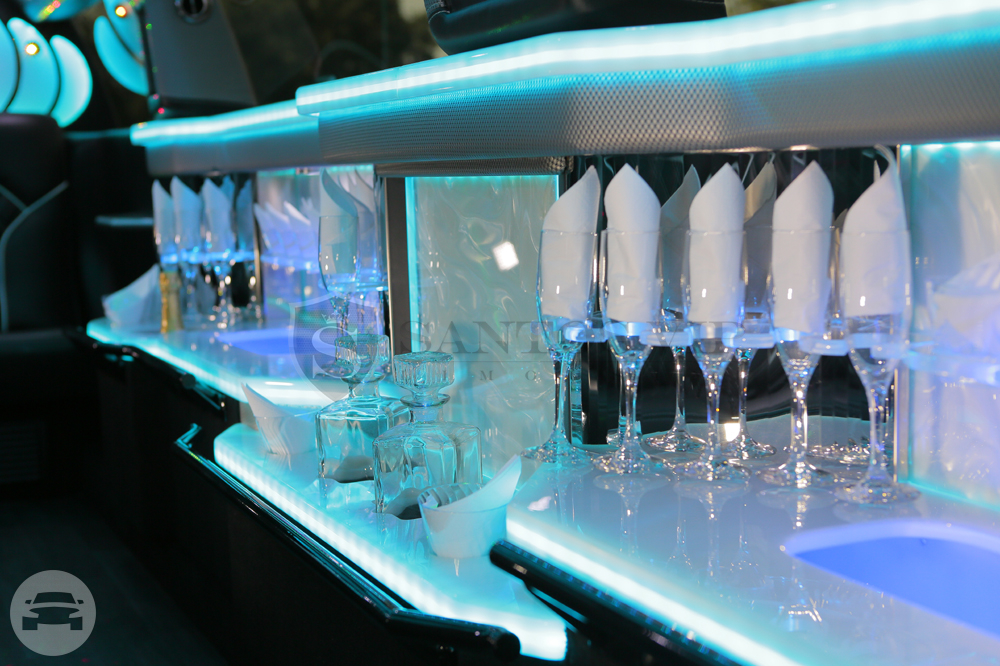 Lincoln MKT Mega Stretch Limousine Limo / Philadelphia, PA   / Hourly (Other services) $100.00