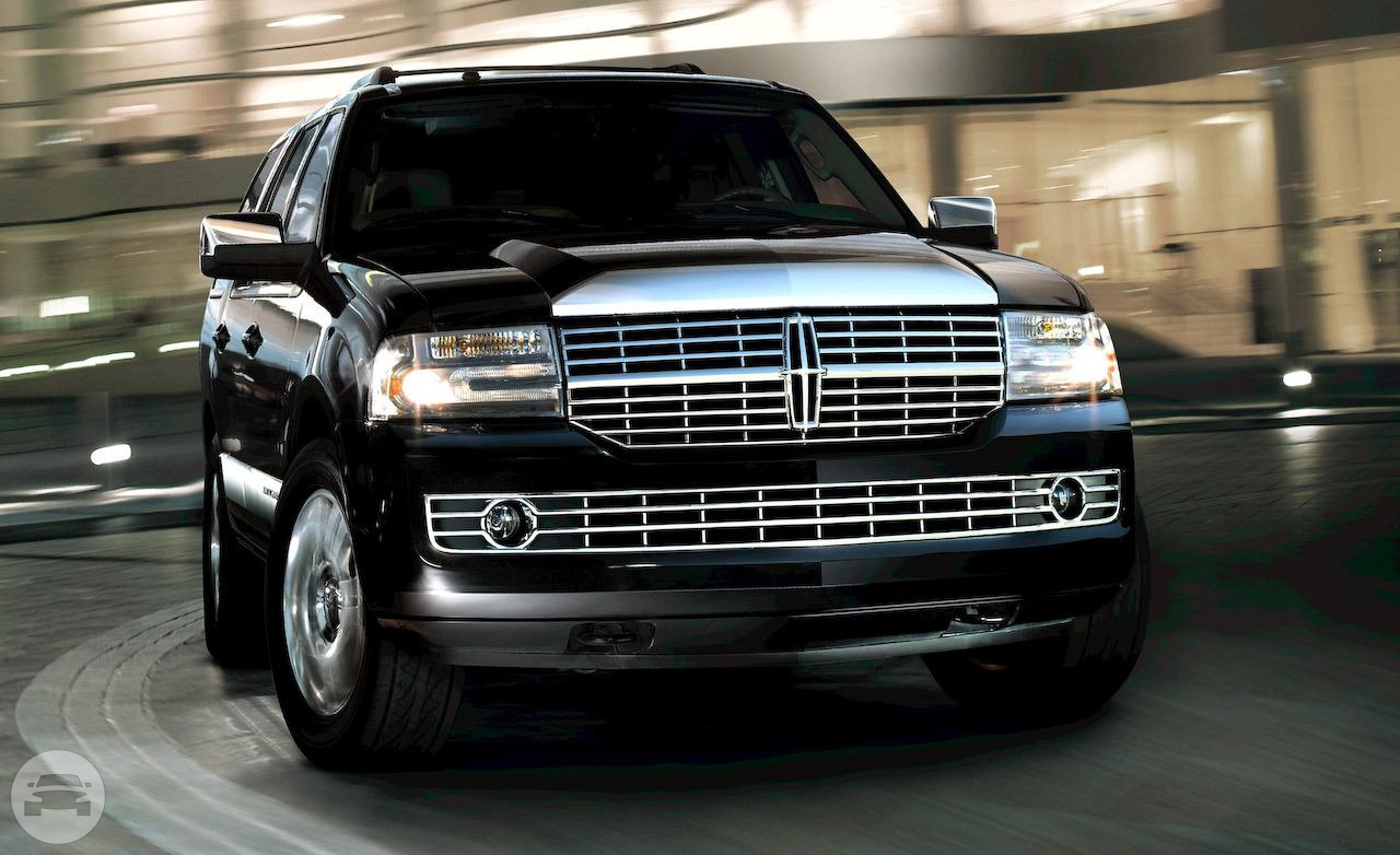 Lincoln Navigator  SUV  / Roseville, CA   / Hourly $0.00