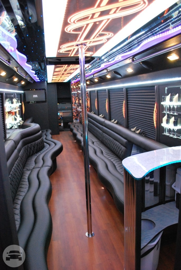 Party Bus 26 Pax Party Limo Bus / Bloomfield, NJ   / Hourly $0.00