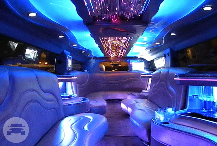 Lincoln Navigator Stretchy SUV Limo - 16 Passenger Limo  / New York, NY   / Hourly $0.00