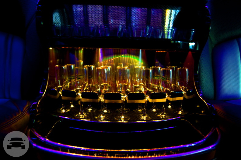 Gatsby Corporate - Party Bus Party Limo Bus / Cleveland, OH   / Hourly $0.00