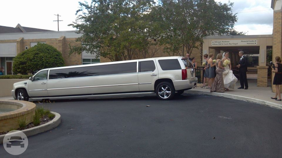 White Cadillac Escalade Limousine (Super Stretch ...