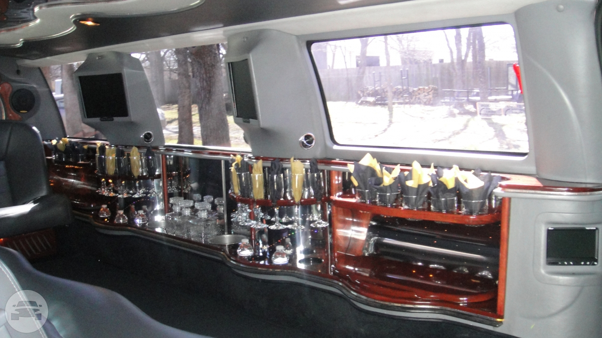 Ford Excursion Stretch Limousine Limo  / Lewisville, TX   / Hourly $0.00