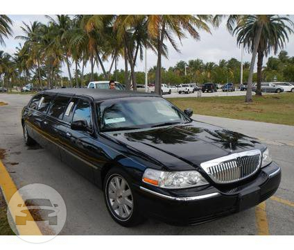LINCOLN STRETCH LIMO - BLACK Limo  / East Point, GA   / Hourly $0.00