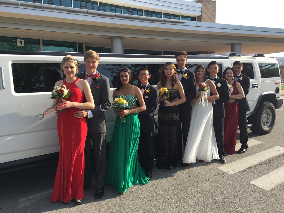 3116dd3d6a8 Limo service - prom split package from Stretch Limousine