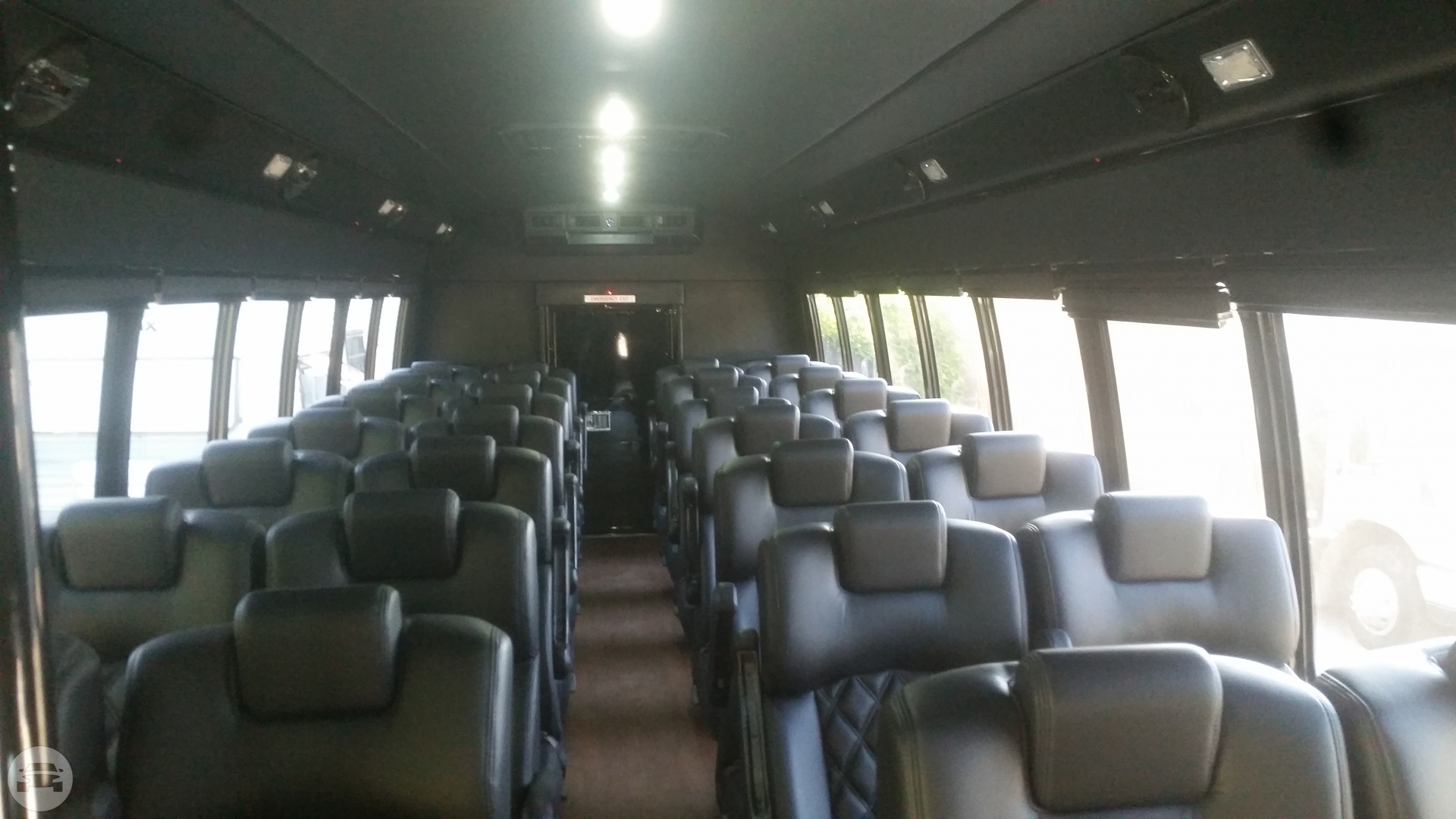 32 Passenger Bus Coach Bus / Indianapolis, IN   / Hourly $0.00
