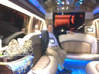 Mercedes Limo Coach Van  / Cleveland, OH   / Hourly $0.00