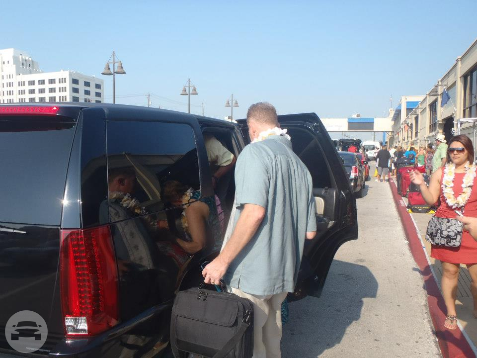 Cadillac Escalade Limousine Limo  / Jersey Village, TX   / Hourly $0.00