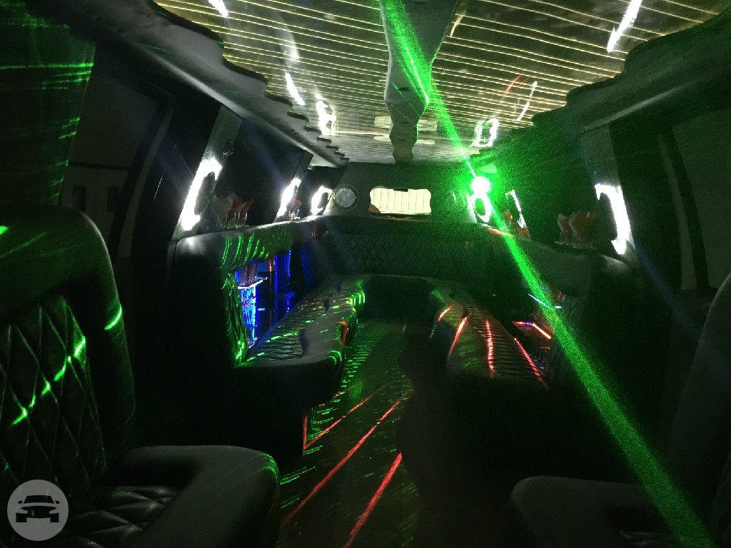 F650 Mammoth Limo Limo / Dallas, TX   / Hourly $0.00