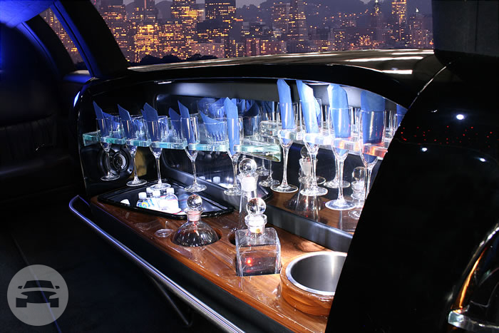 STRETCH LIMOUSINE Limo / Palo Alto, CA   / Hourly $85.00