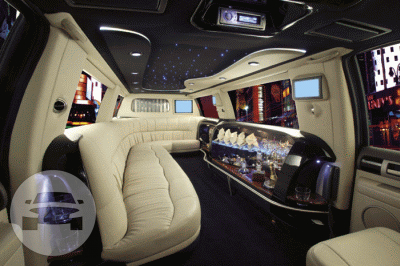 WHITE LINCOLN STRETCH LIMOUSINE Limo  / Lawrenceville, GA   / Hourly $0.00