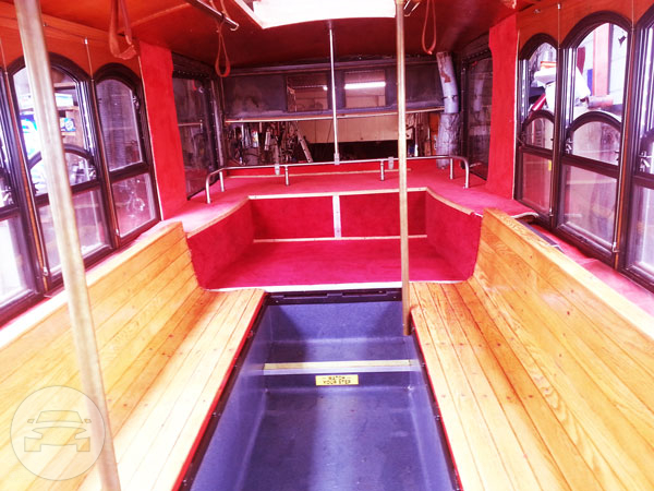 TROLLEY MINI 25 Passenger Coach Bus / Chicago, IL   / Hourly $183.00