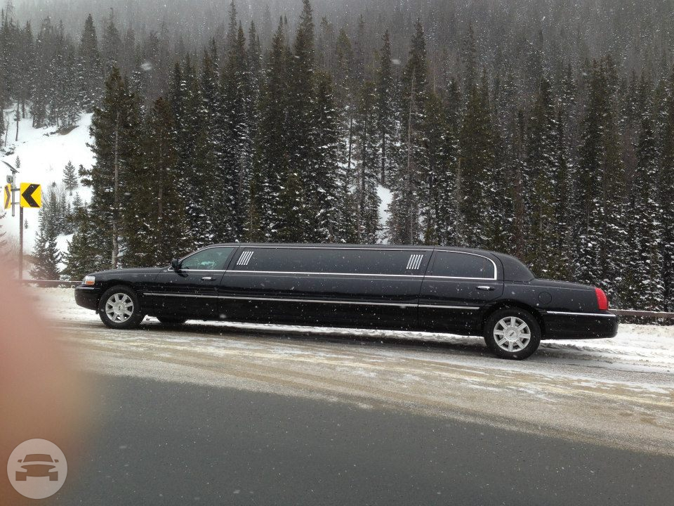 10 passenger Lincoln Towncar Limo / Denver, CO   / Hourly $0.00