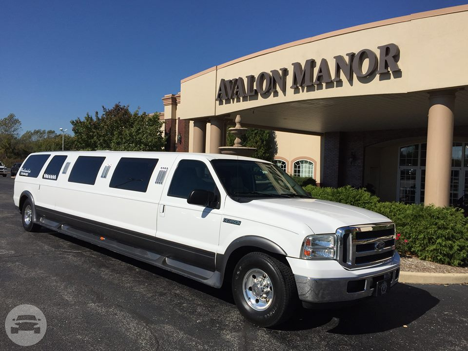 12 Passenger Ford Excursion Limousine Limo / Chicago, IL   / Hourly $0.00