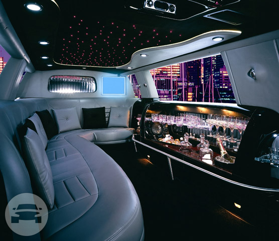 10 Passengers Black Lincoln Limousine Limo / Hayward, CA   / Hourly $0.00