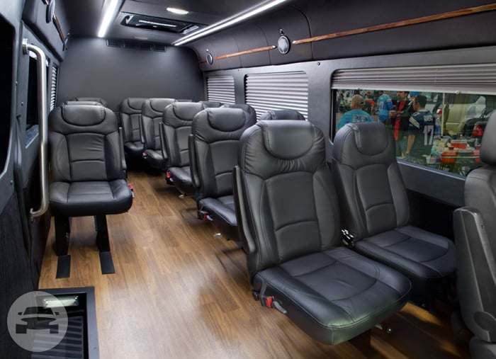 Mercedes Sprinter Van  / Boston, MA   / Hourly $0.00
