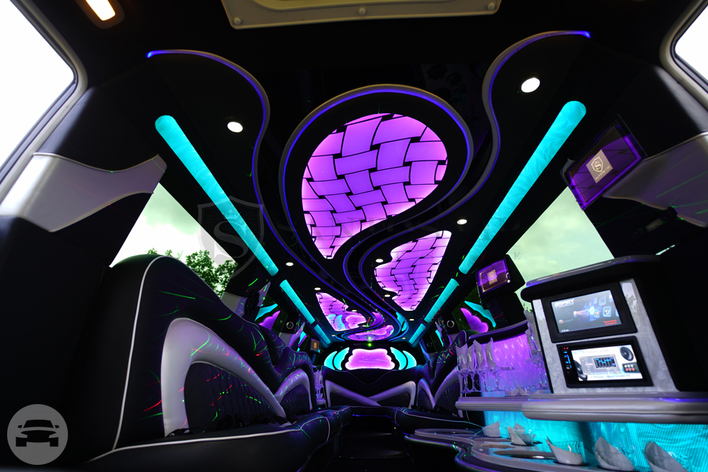 Infiniti QX-80 Stretch Limousine Limo  / Philadelphia, PA   / Hourly (Other services) $150.00