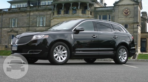 NEW 2013 Lincoln MKT Town Cars 1 of 4 | A Savannah Nite