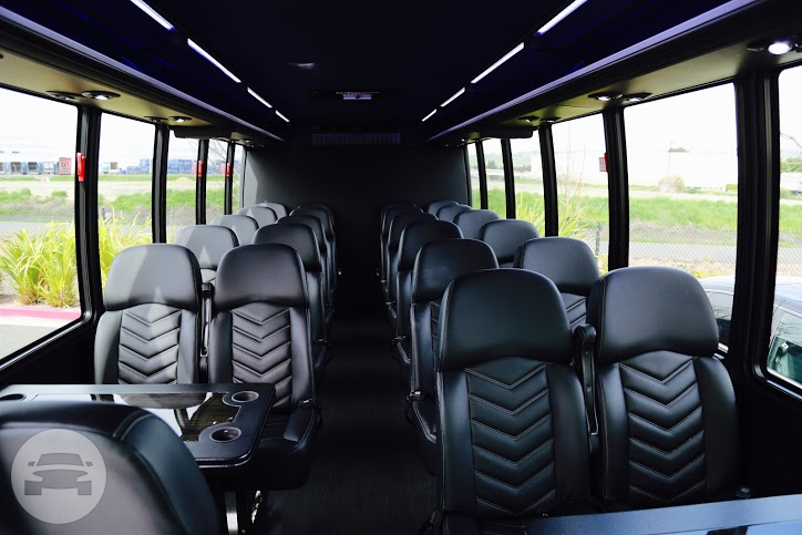 Luxury Shuttle Bus 27 Seater Coach Bus / San Francisco, CA   / Hourly $0.00