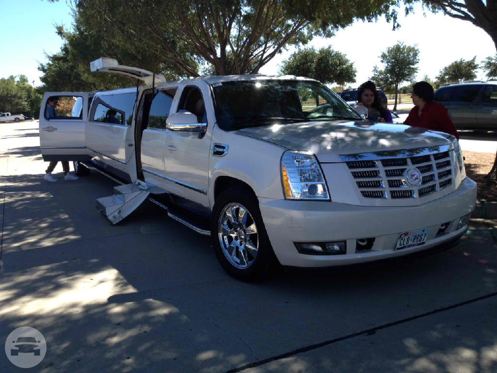 18-20 Pass Cadillac Escalade Limo  / Fort Worth, TX   / Hourly $0.00