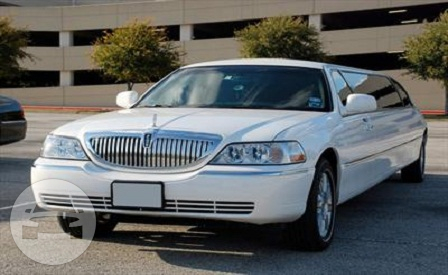 14 passenger Lincoln Towncar Limo  / McKinney, TX   / Hourly $0.00