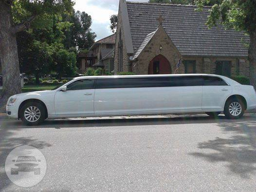 12 passenger Chrysler 300 Limo / Loveland, CO   / Hourly $0.00