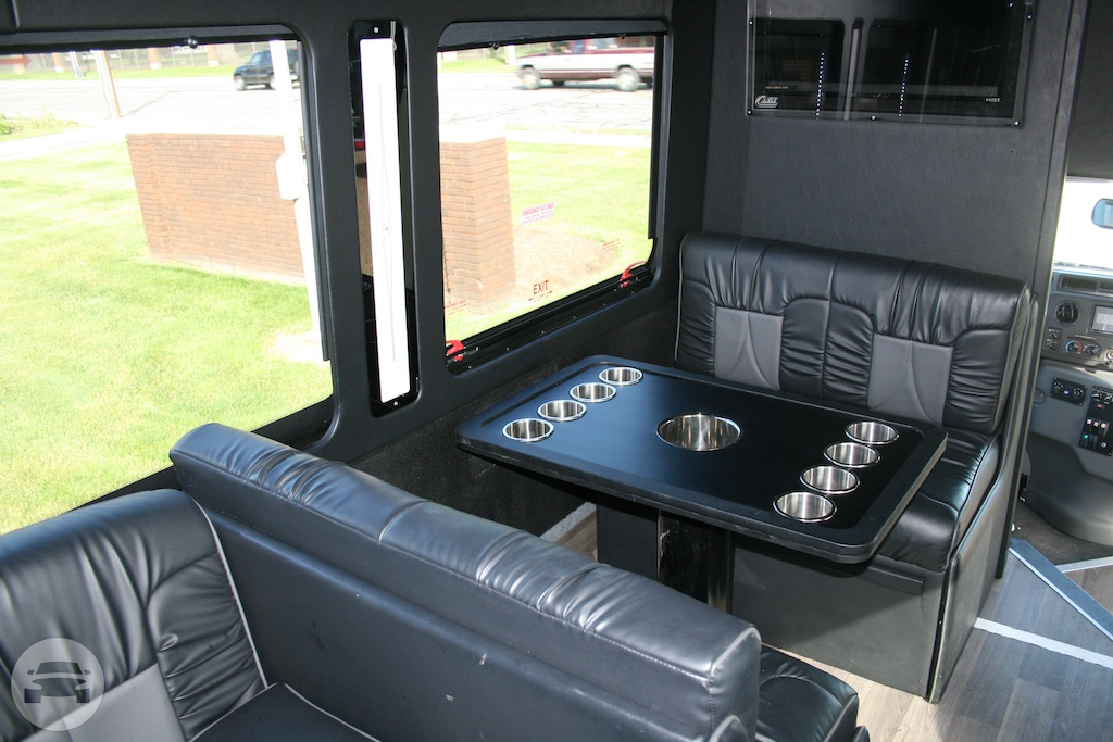 Diplomat Corporate - Coach Bus Coach Bus  / Cleveland, OH   / Hourly $0.00