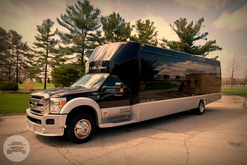 The Boss Corporate - Party Bus Party Limo Bus / Cleveland, OH   / Hourly $0.00