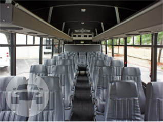 Deluxe Ford F550 VIP Executive Coach Coach Bus / Everett, WA   / Hourly $0.00