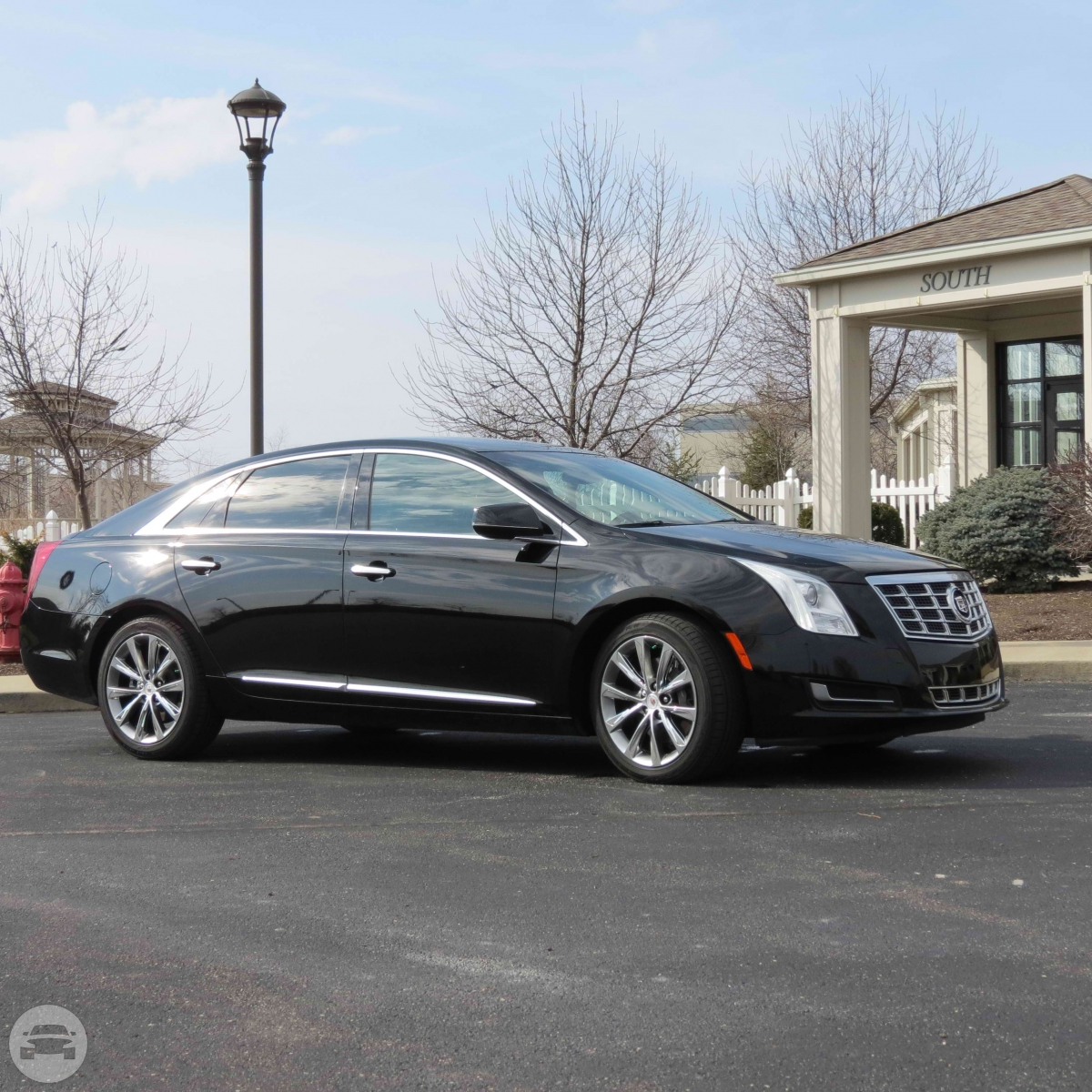 Cadillac XTS Sedan Sedan  / Cincinnati, OH   / Hourly $0.00