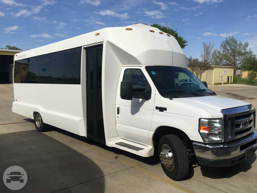 Tiffany 23 Passenger Executive Bus Coach Bus  / Dallas, TX   / Hourly $0.00