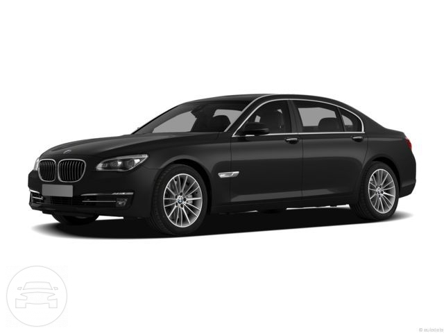BMW 750 Li Sedan  / New York, NY   / Hourly $0.00
