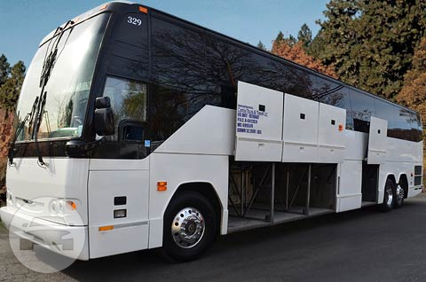 54 Passengers Executive Bus Coach Bus / New Rochelle, NY   / Hourly $0.00