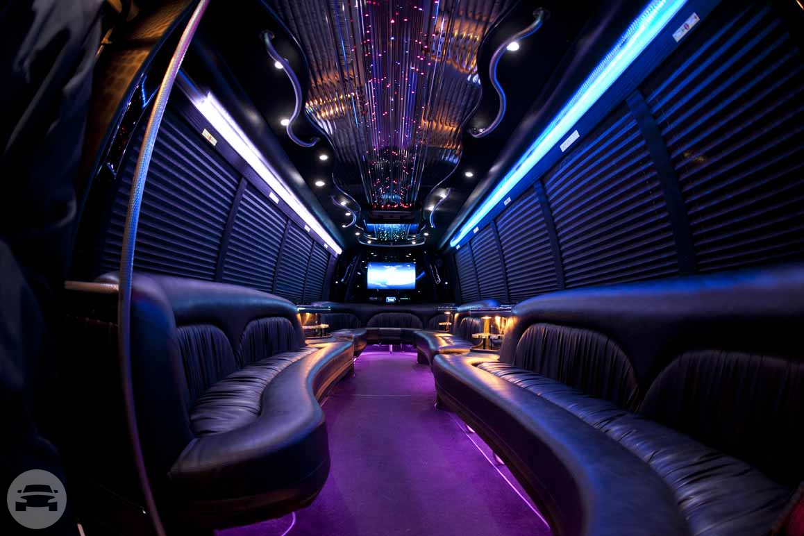 LIMO PARTY BUS Party Limo Bus  / Lawrenceville, GA   / Hourly $0.00
