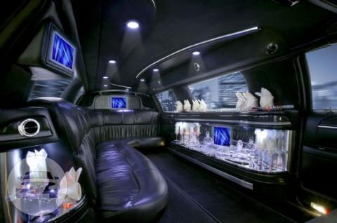 10 Passenger Lincoln Towncar Stretch Limousine Limo  / Seattle, WA   / Hourly $0.00